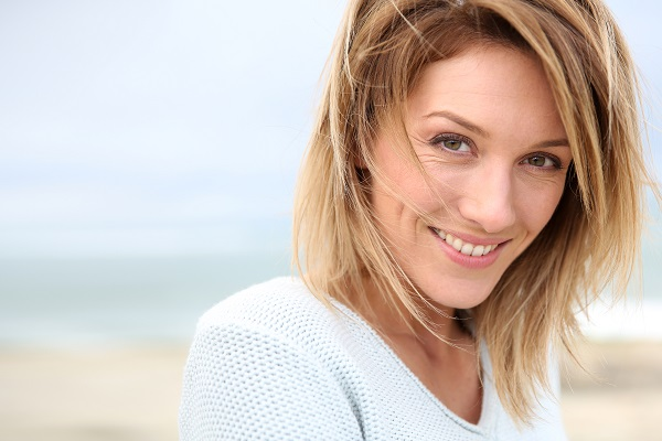 Are Yellowing Teeth Aging Your Smile? Try Teeth Whitening